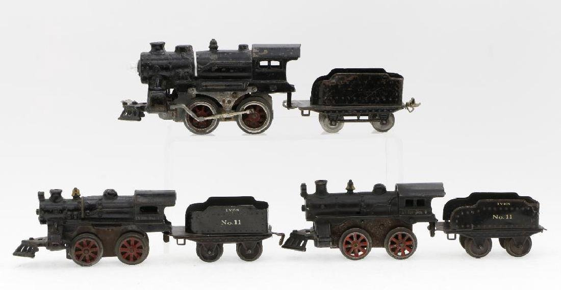 Ives O Gauge Locomotive and Tender Grouping - 2