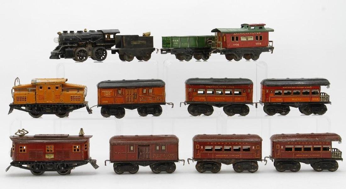 American Flyer 0 Gauge Passenger and Freight Set Group - 2