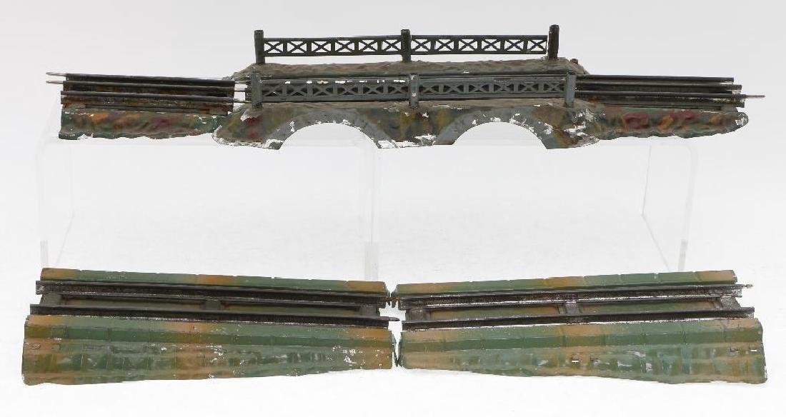 Ives O Gauge Elevated Bridge Grouping