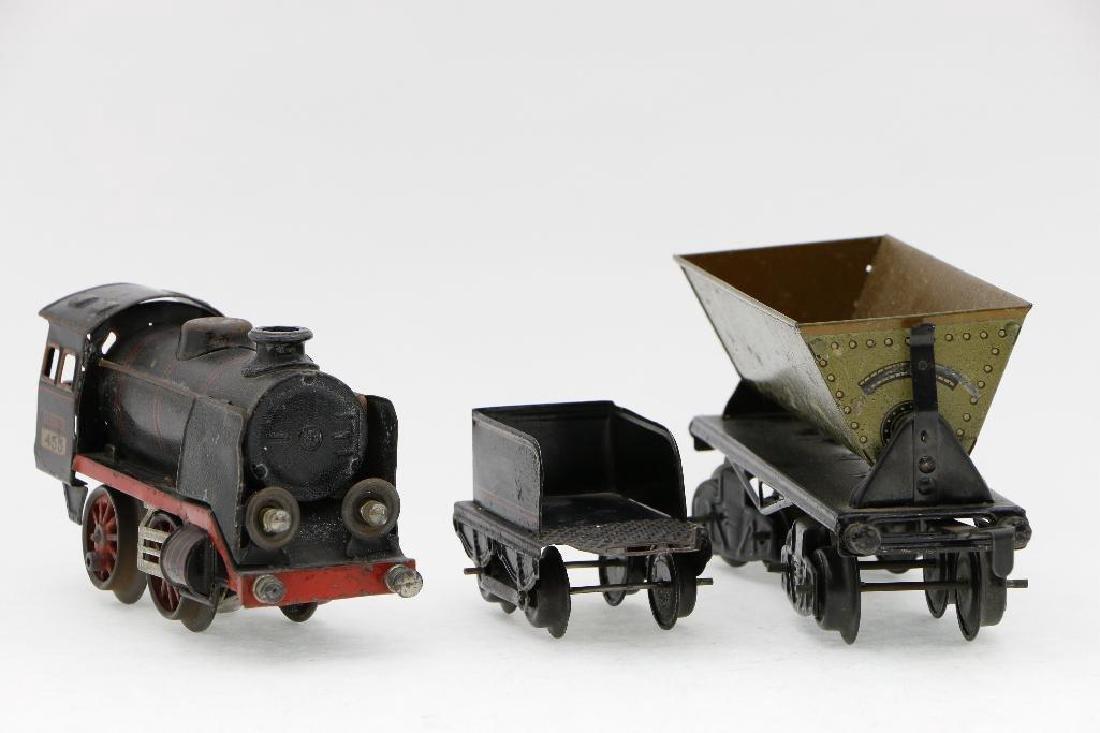 Kraus 0 Gauge Locomotive and Freight Car Grouping - 3