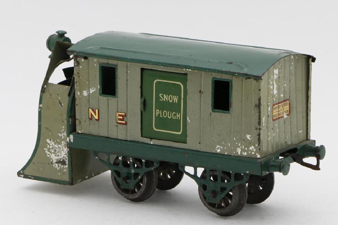 Hornby 0 Gauge unpowered Snowplow - 3