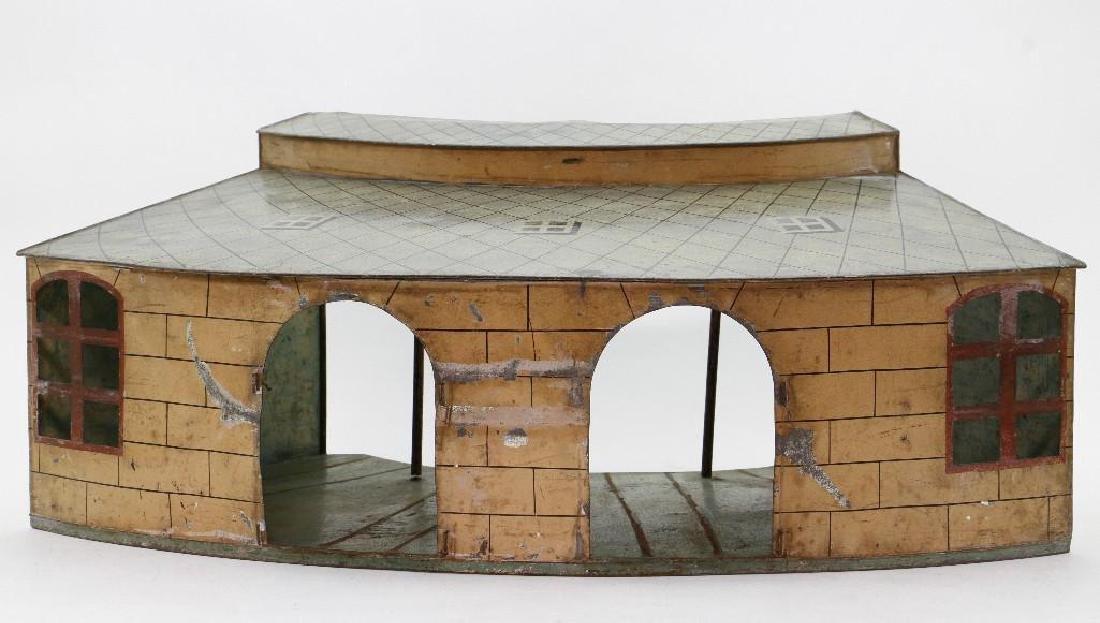 Marklin 1 Gauge Round House - 2