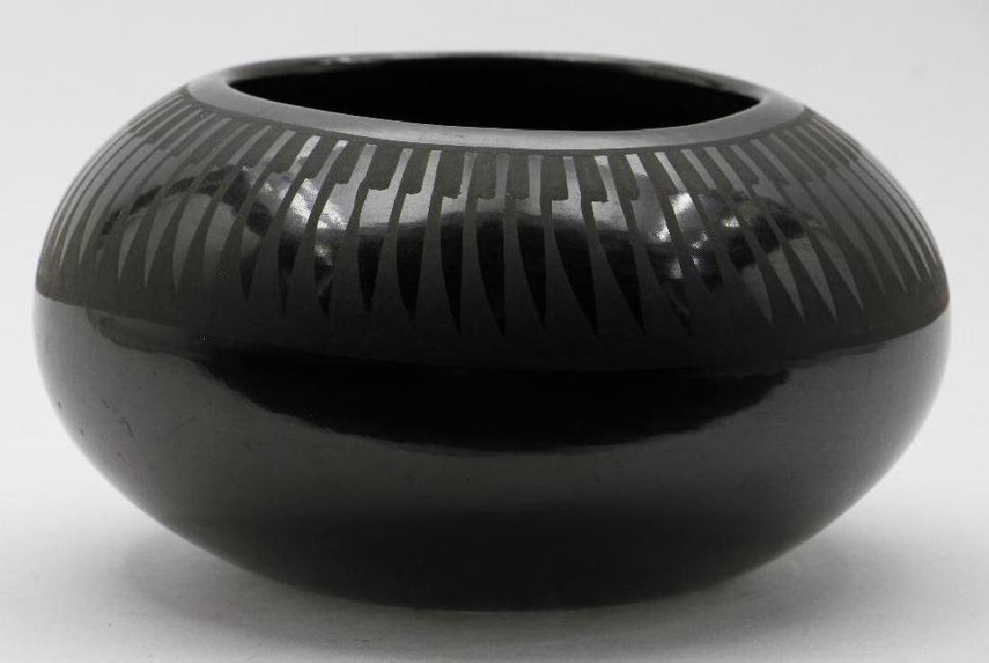 Santa Clara blackware pottery bowl - 2