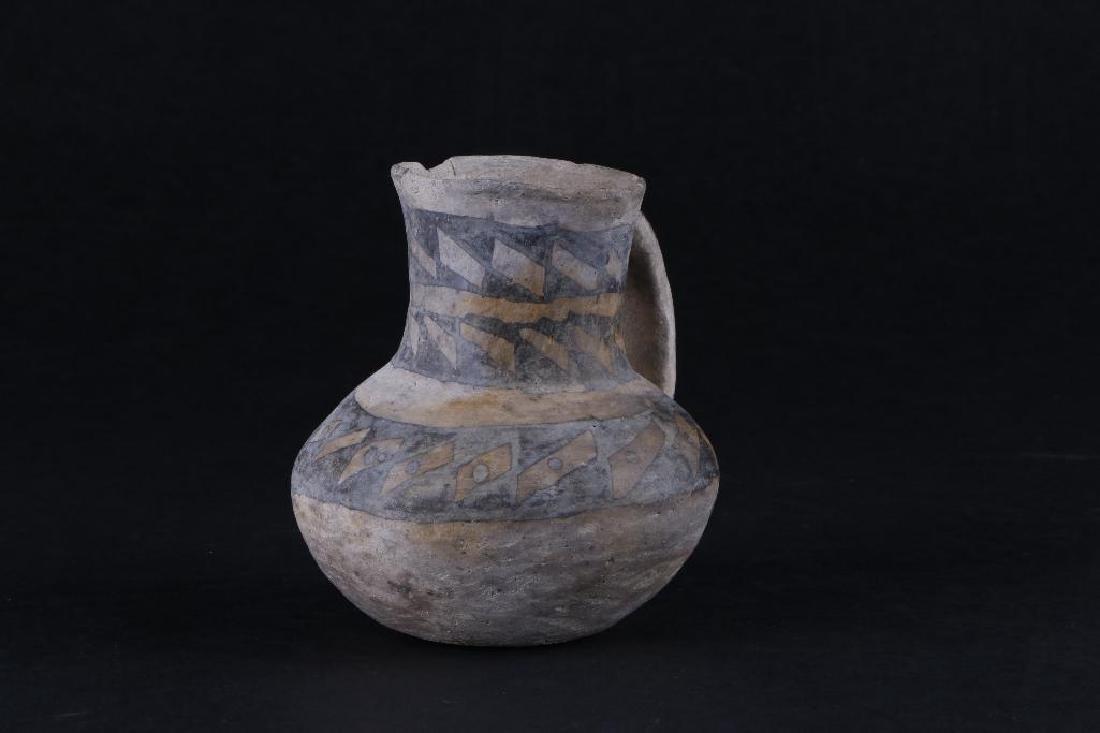 Anasazi black-on-white pottery pitcher - 3