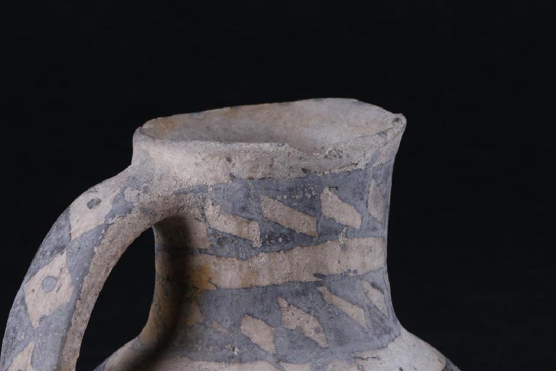 Anasazi black-on-white pottery pitcher - 6