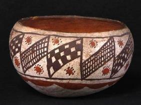 Isleta polychrome pottery bowl