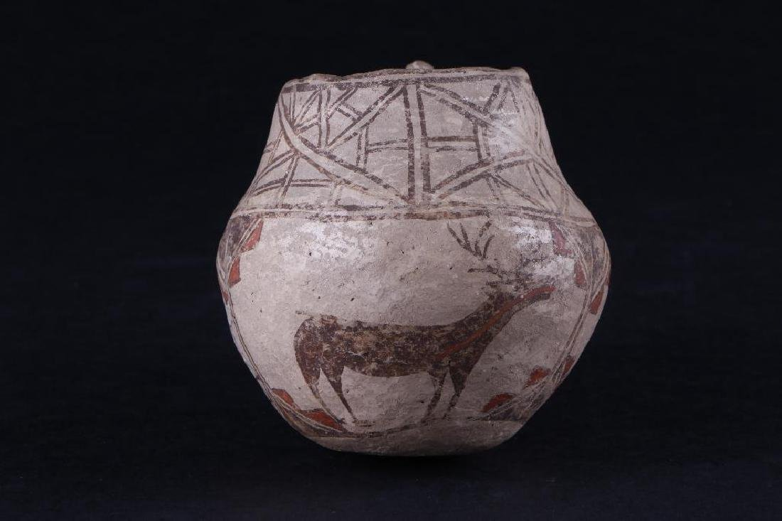 Unusual Zuni polychrome pottery effigy jar - 4