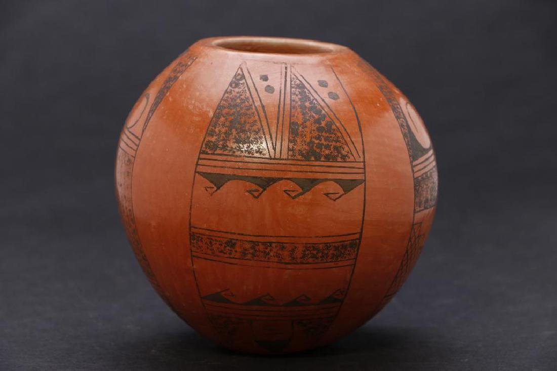 Hopi pottery jar - 2