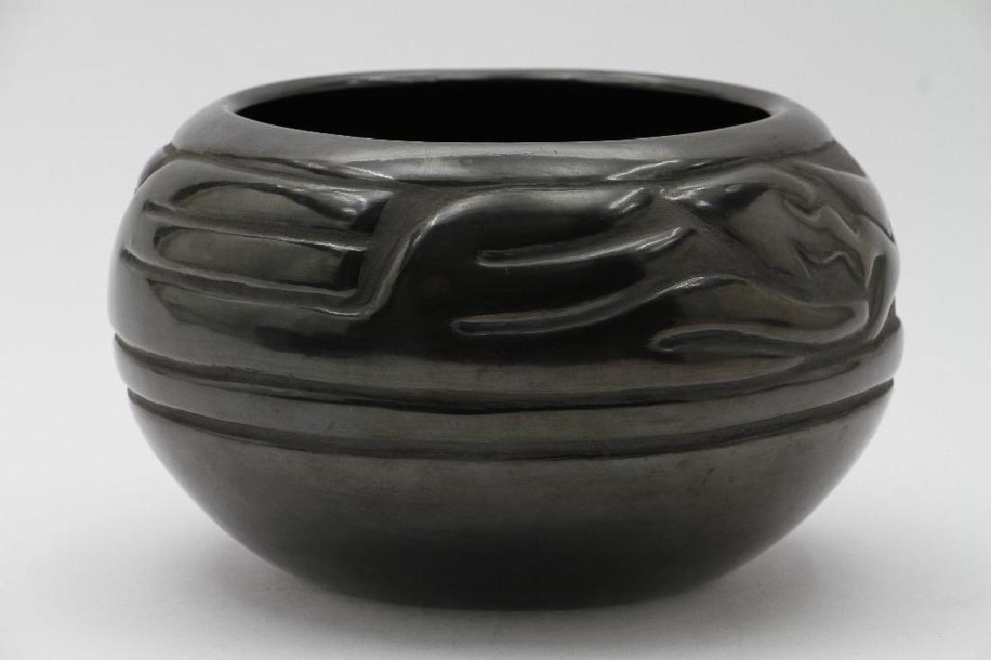 Santa Clara carved blackware pottery bowl - 2