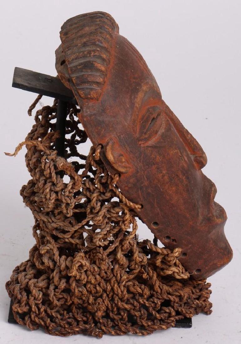 A Tshokwe mask, Angola - 4