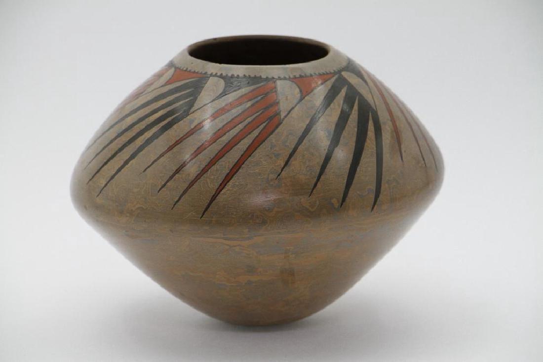 Casas Grandes polychrome pottery jar - 2