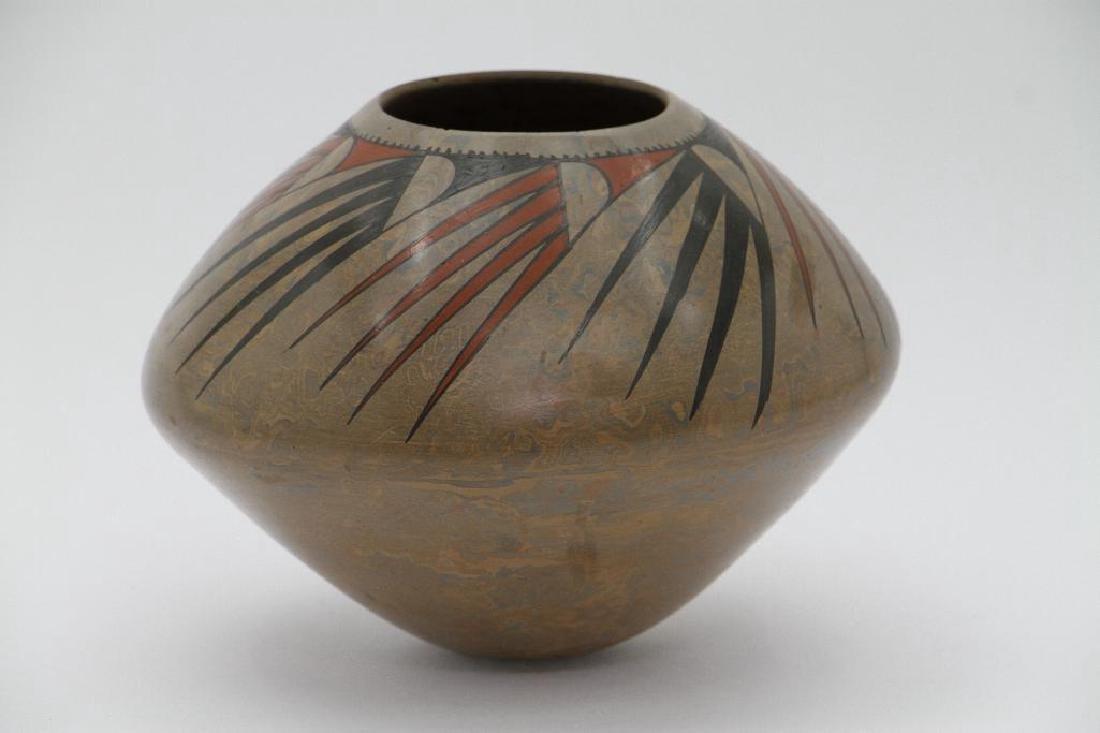 Casas Grandes polychrome pottery jar - 4