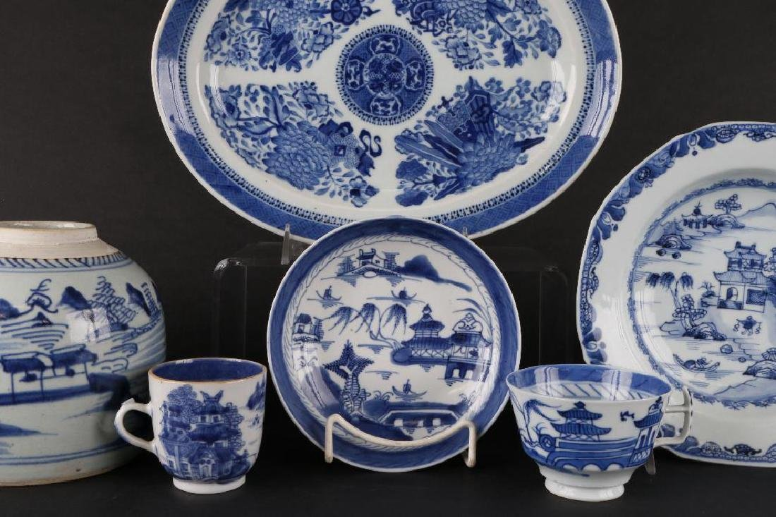 6 PIECES CHINESE EXPORT BLUE & WHITE PORCELAIN - 4