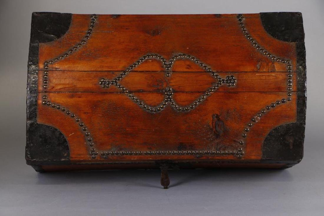 AMERICAN METAL MOUNTED & BRASS TACK DECORATED TRUNK - 9