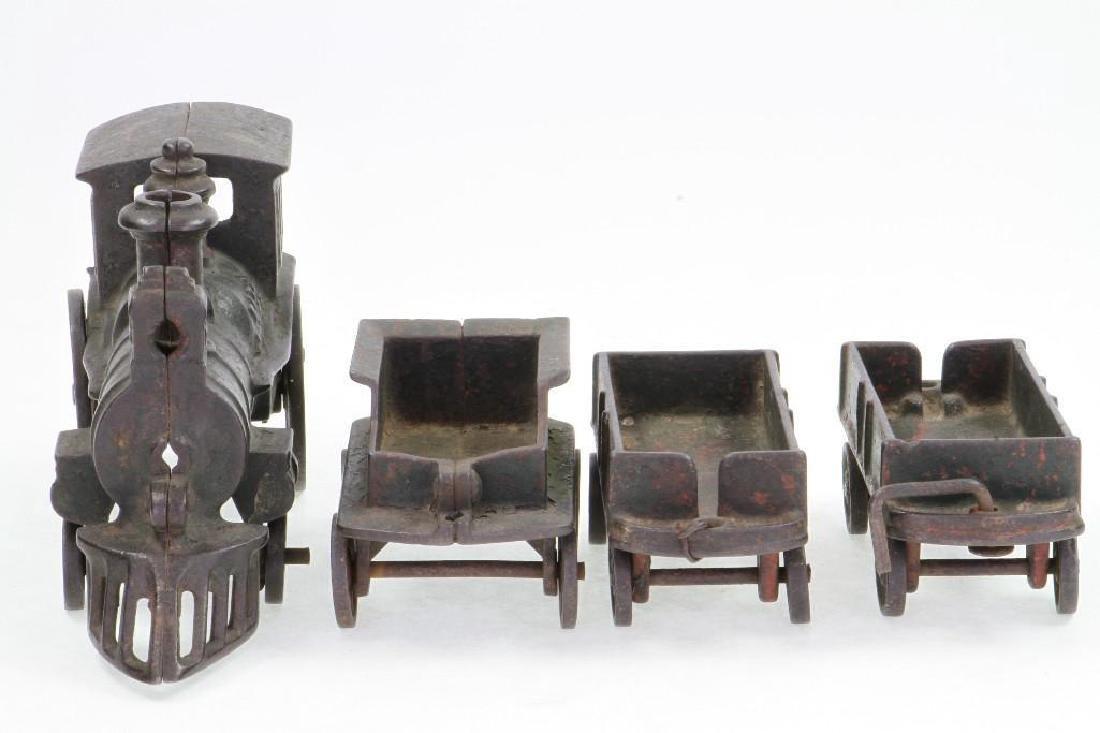 Cast Iron Steam Locomotive Freight Set - 5
