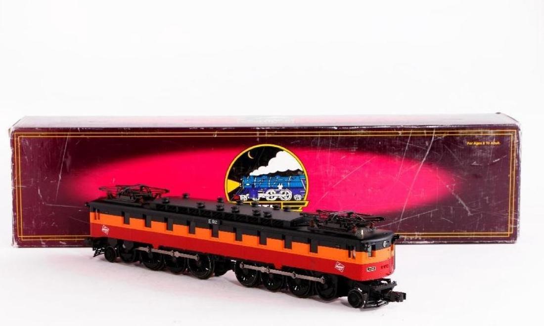 MTH Milwaukee FF1 Electric Locomotive, O Gauge - 2