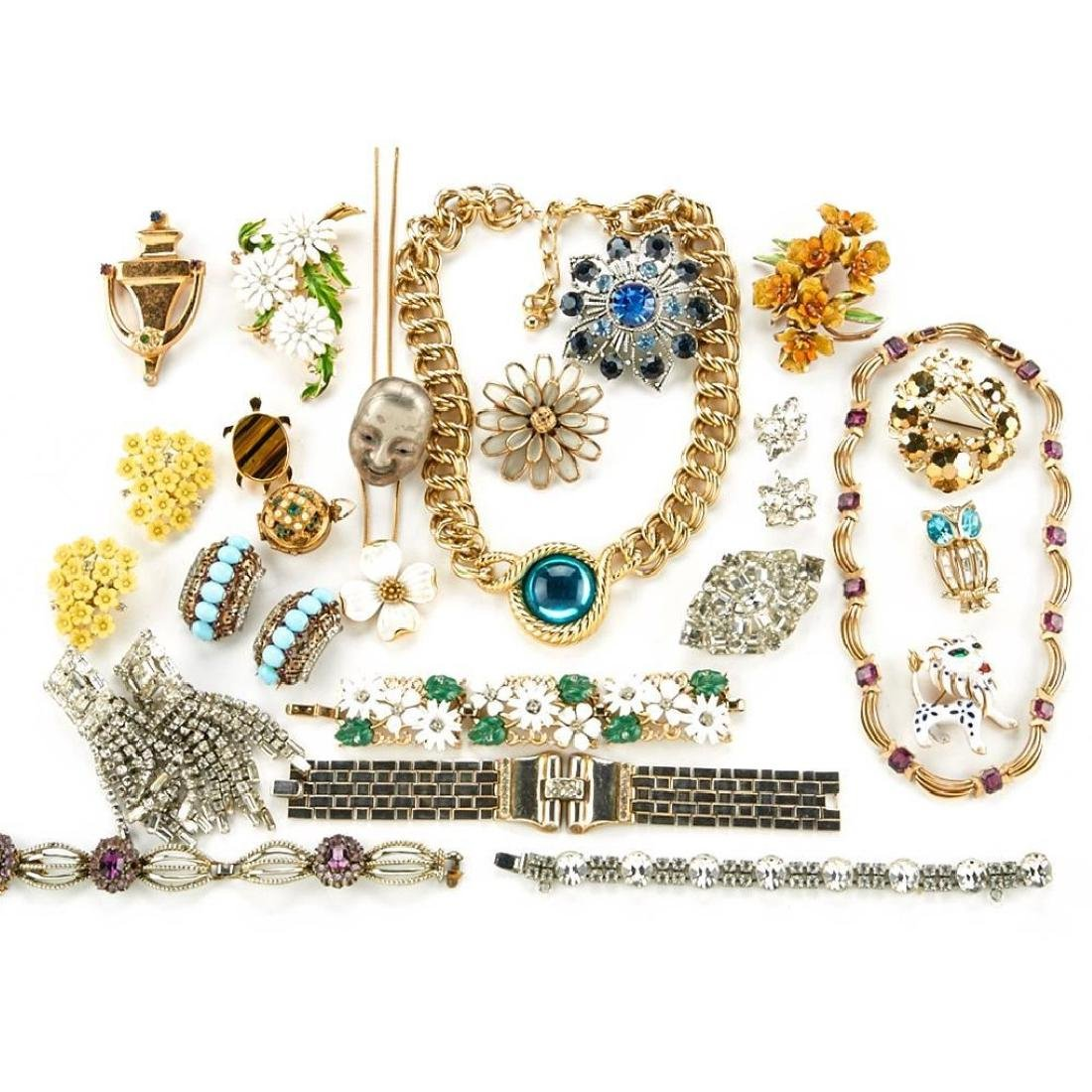 50+ vintage costume jewelry by Weiss, Coro and Trifari