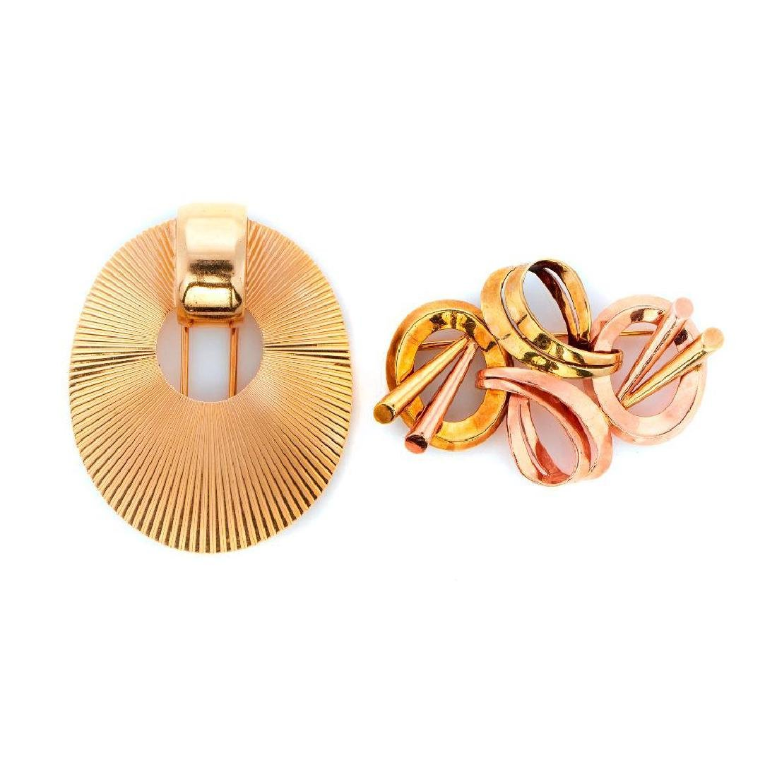 Two Retro 14k gold brooches