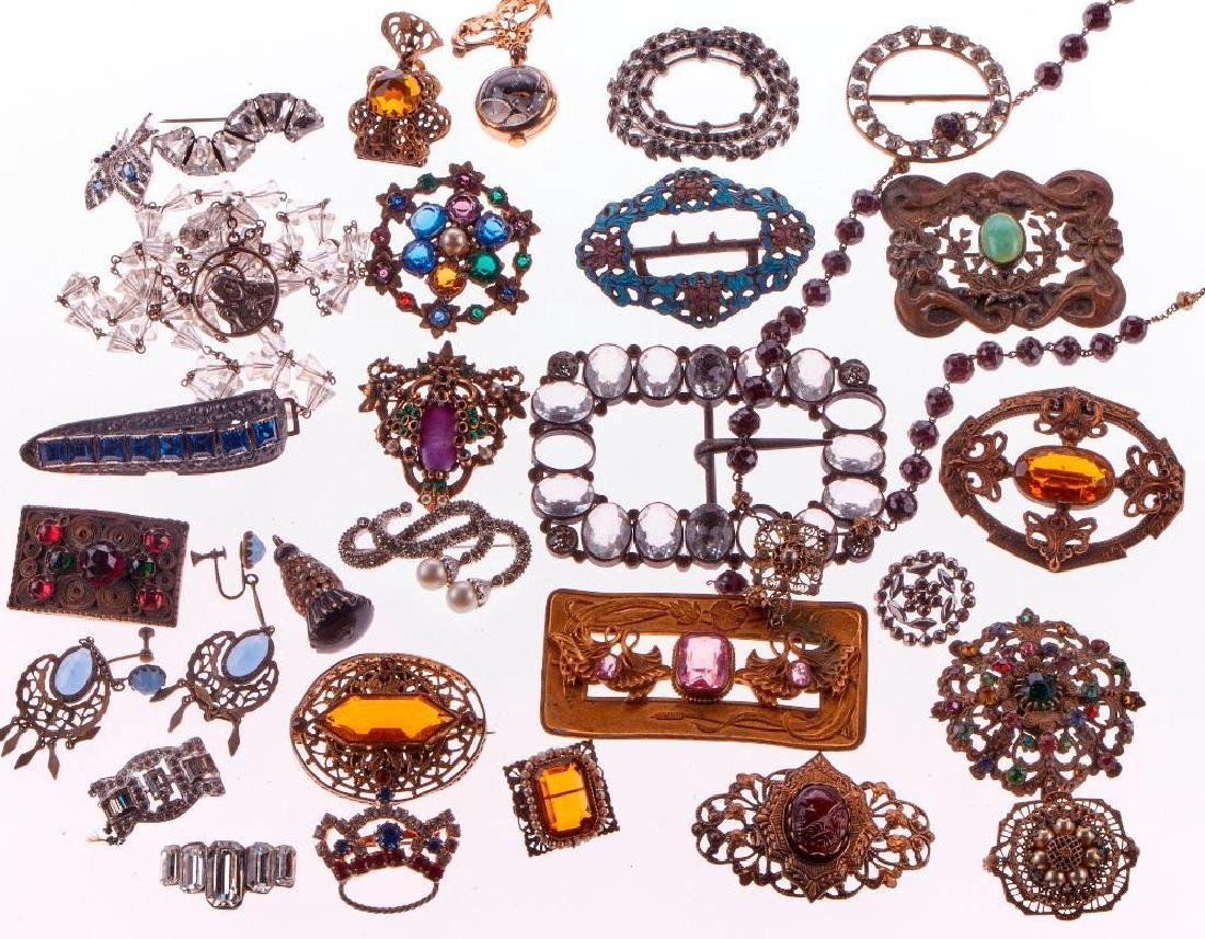 Collection of vintage rhinestone and costume jewelry