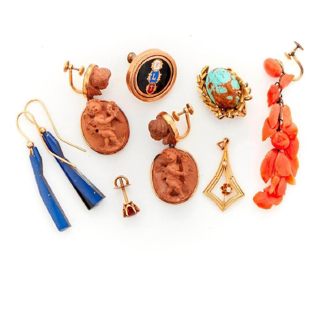 Collection of antique and vintage jewlery