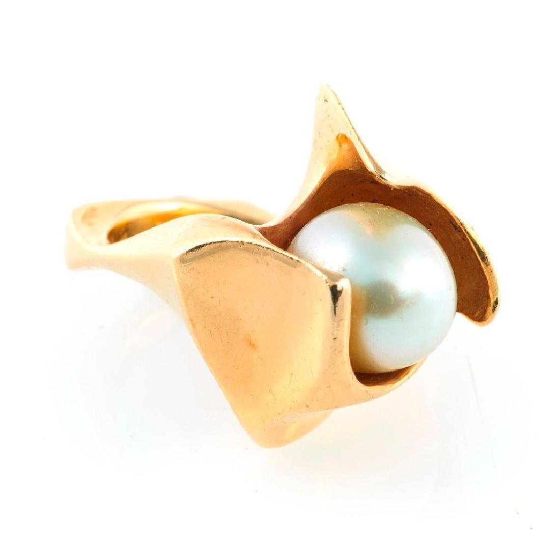 Baroque cultured pearl and 14k gold ring