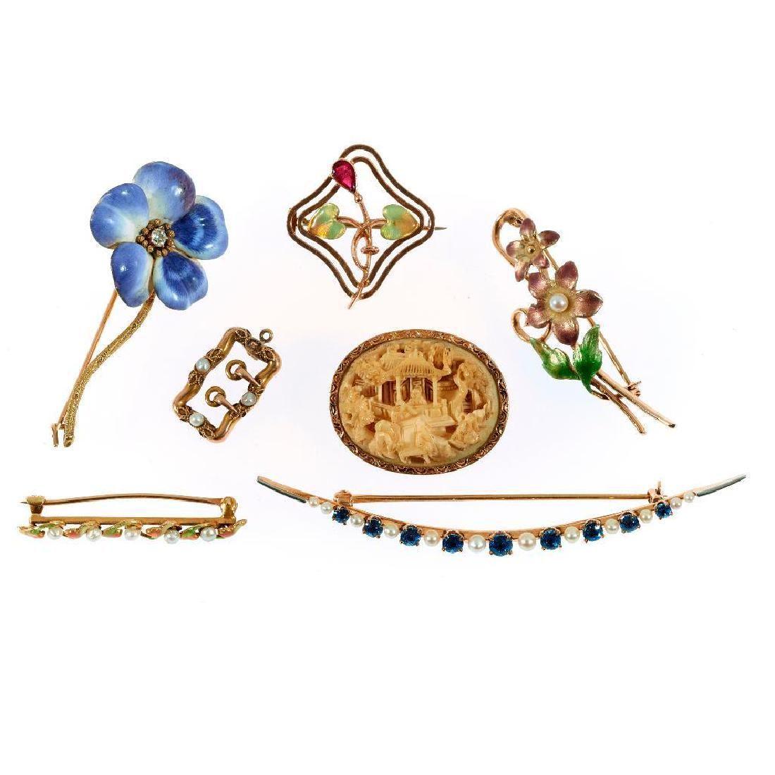Collection, 7 Art Nouveau 14k gold brooches & pendant