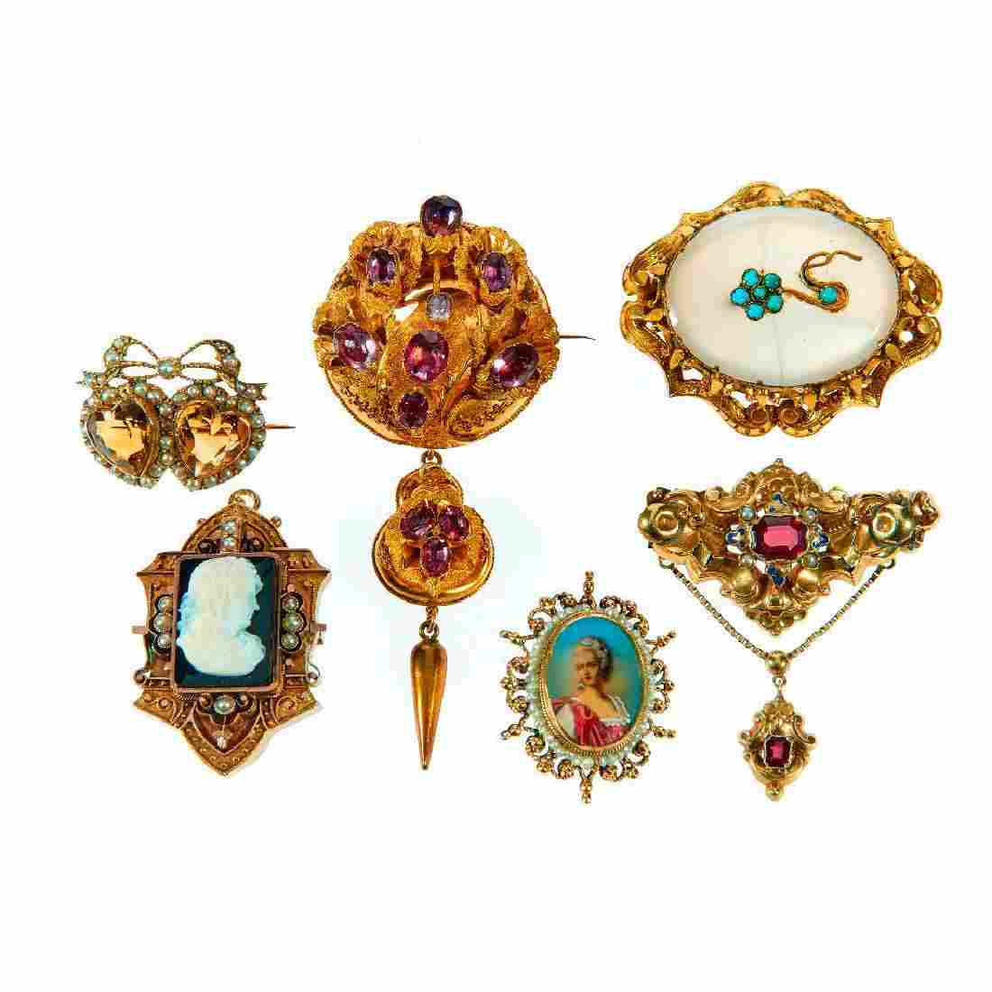 Collection of 6 Victorian gem-set brooches