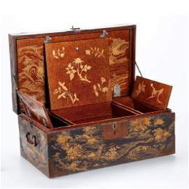 A LARGE GOLD LACQUER BOX