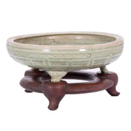 Very fine Chinese Ming fishbowl shaped celadon planter.