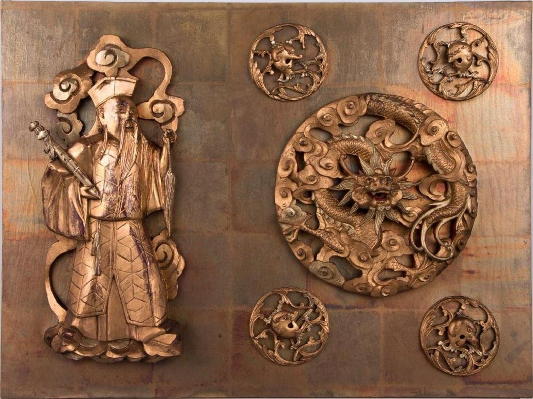 Two Chinese carved wood panels. - 2