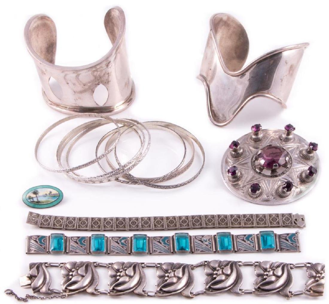 Collection of silver jewelry - 3