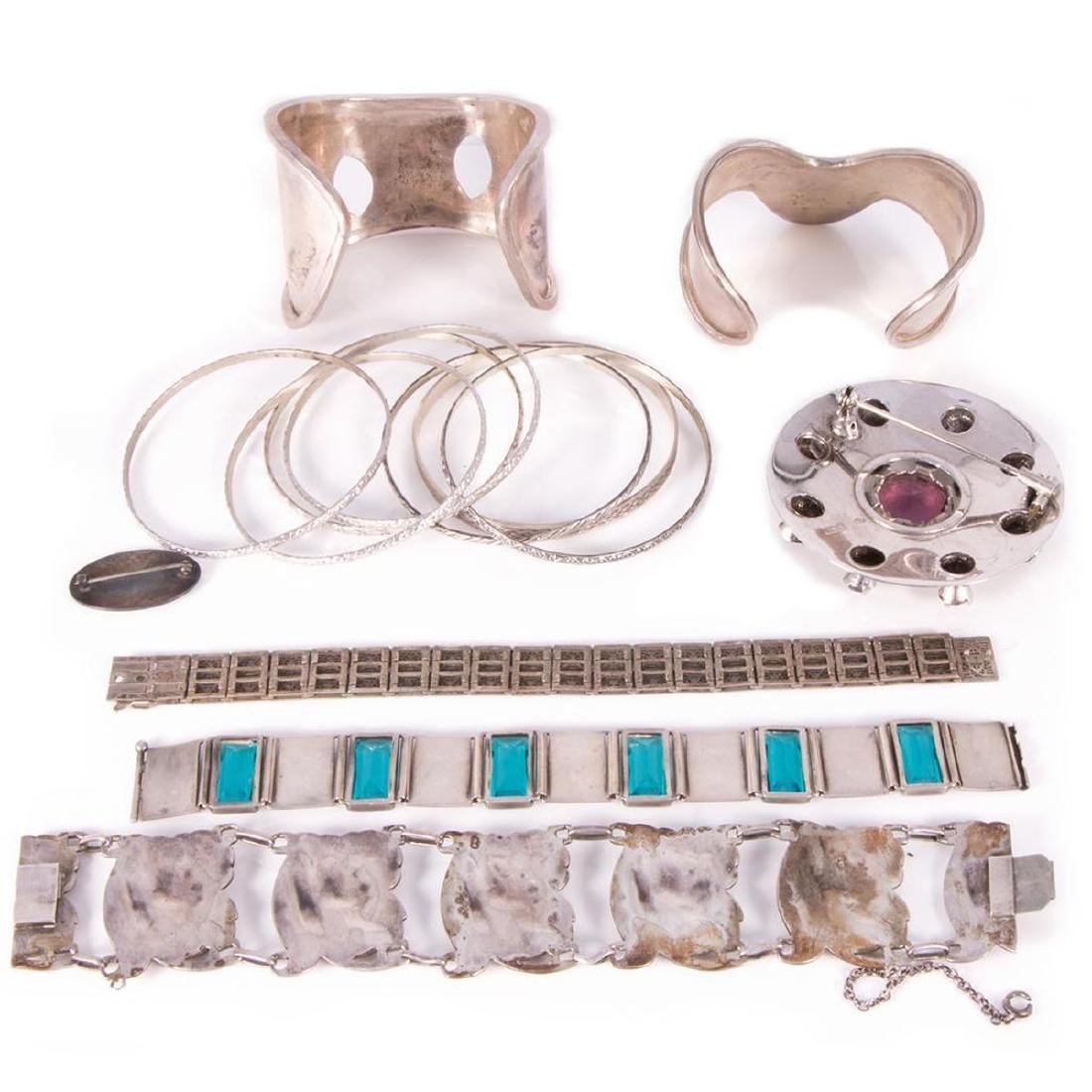 Collection of silver jewelry - 4