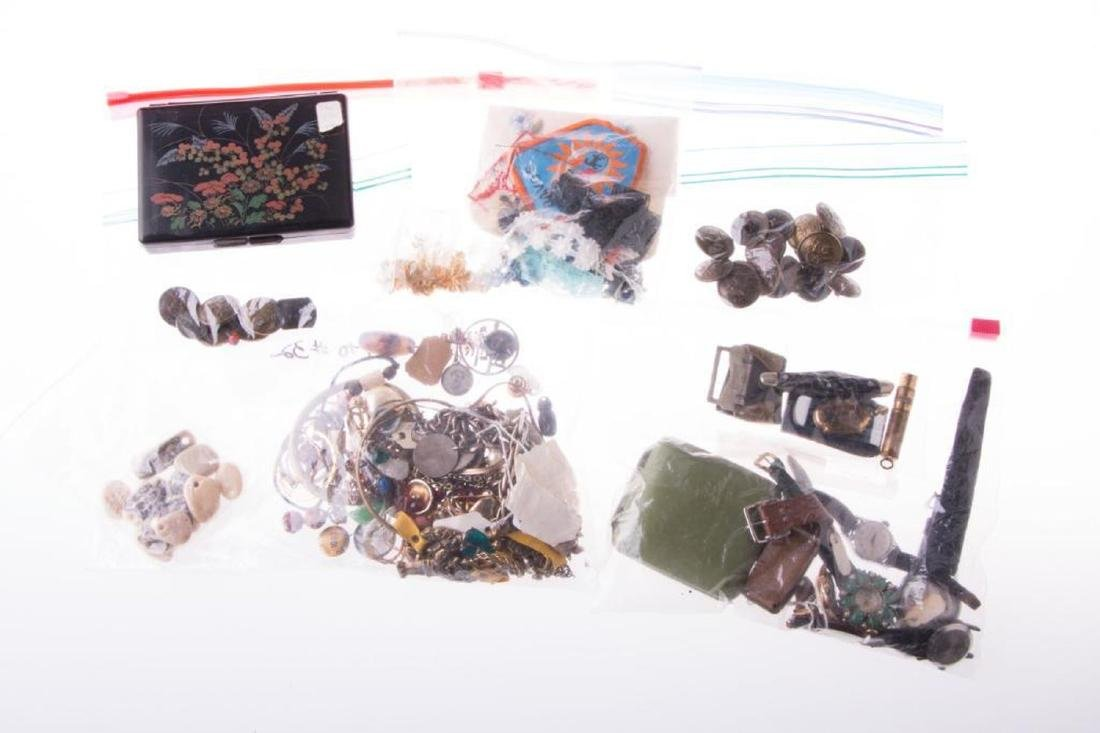 Collection of costume jewelry and assorted items - 6