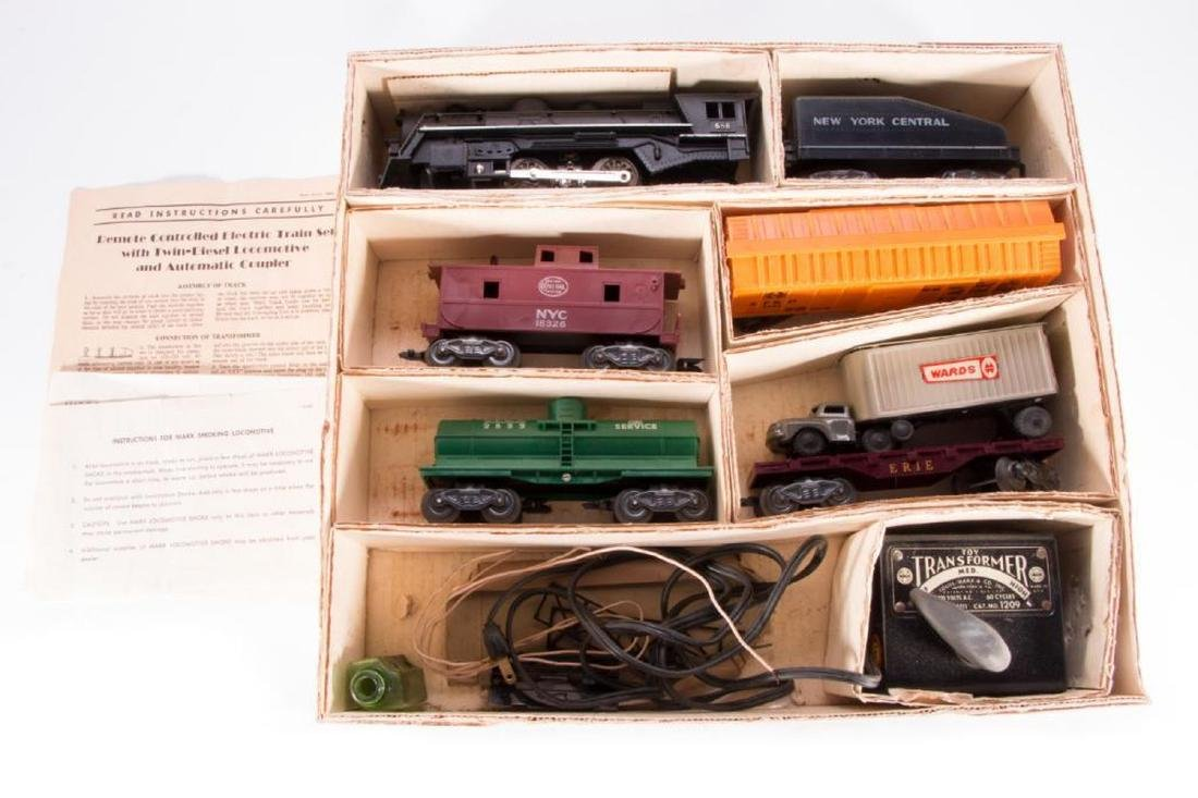 Marx O Gauge Smoking Steam Engine w/Freight Boxed Set - 2