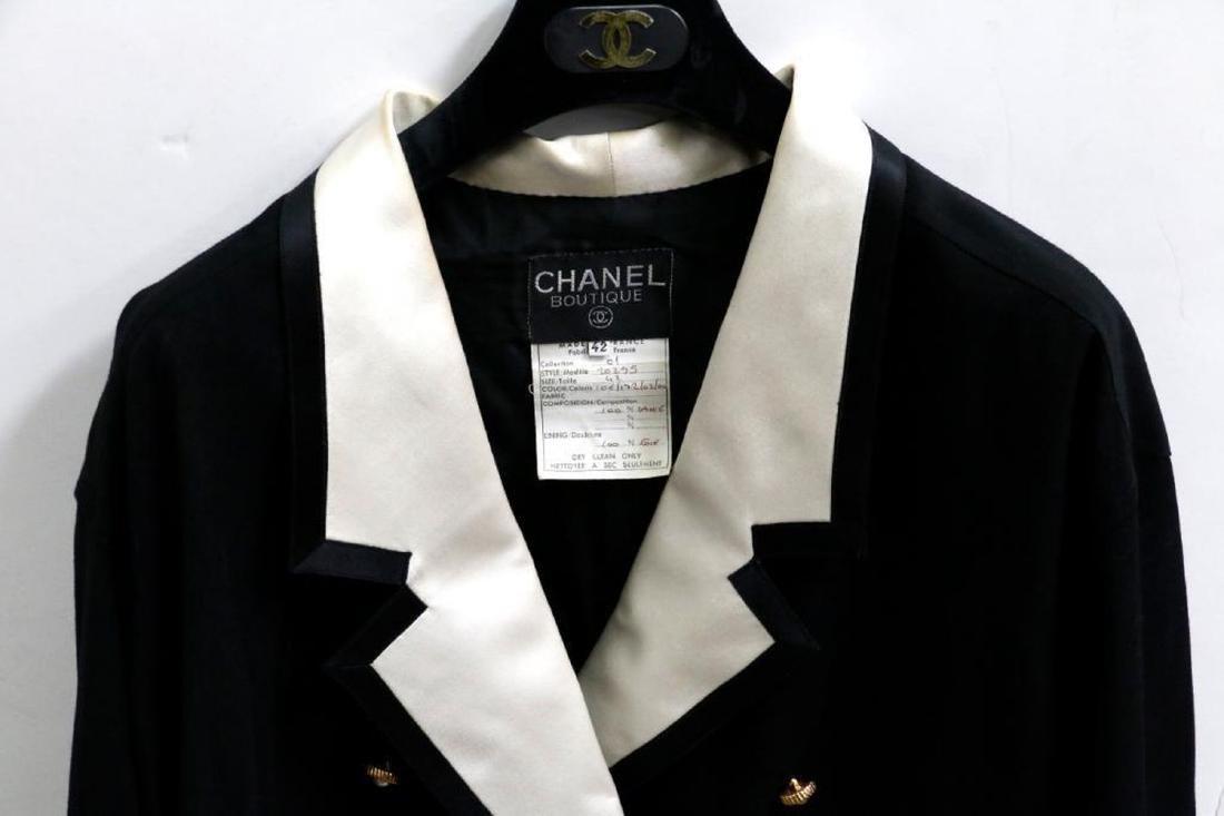 Chanel Vintage Ladies Wool & Silk Suit - 3
