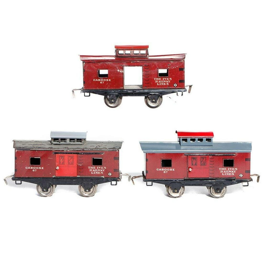 Ives O Gauge caboose grouping
