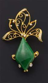 18K yellow gold and Jade pin and pendant