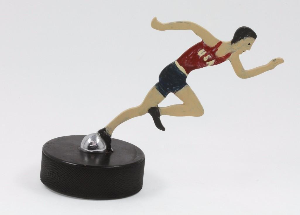 1932 LOS ANGELES OLYMPICS RUNNER MASCOT