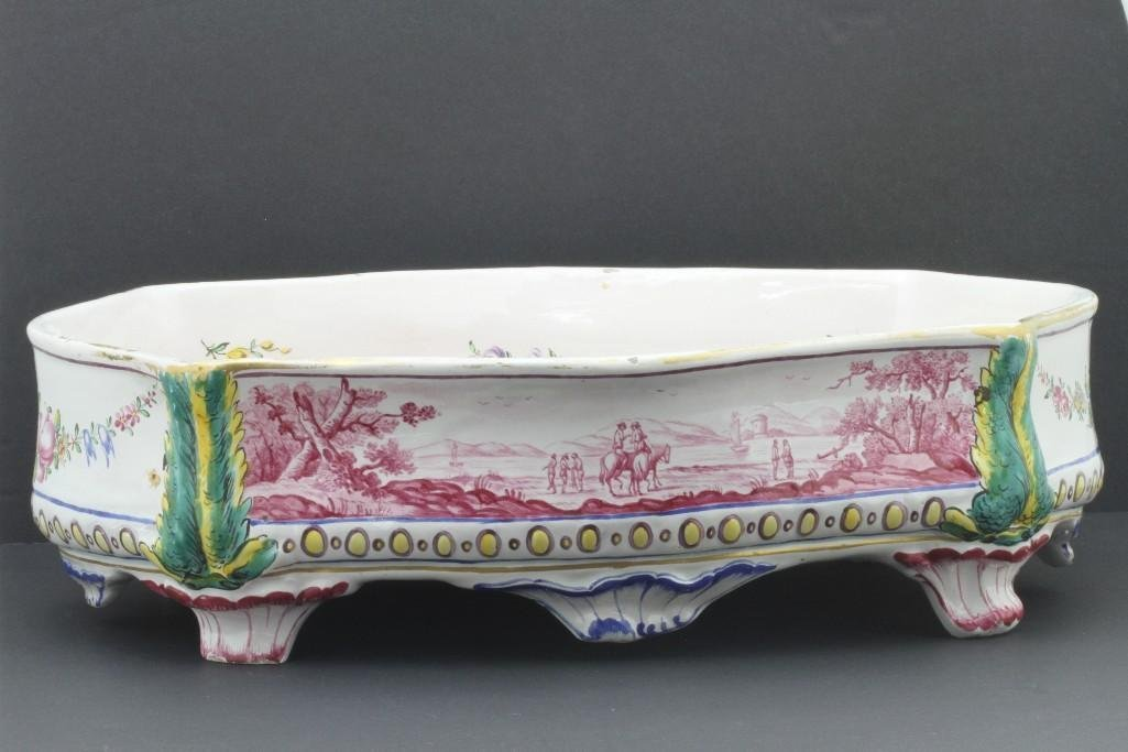 FRENCH FAIENCE CENTERPIECE, LATE19TH/EARLY 20TH CENTURY