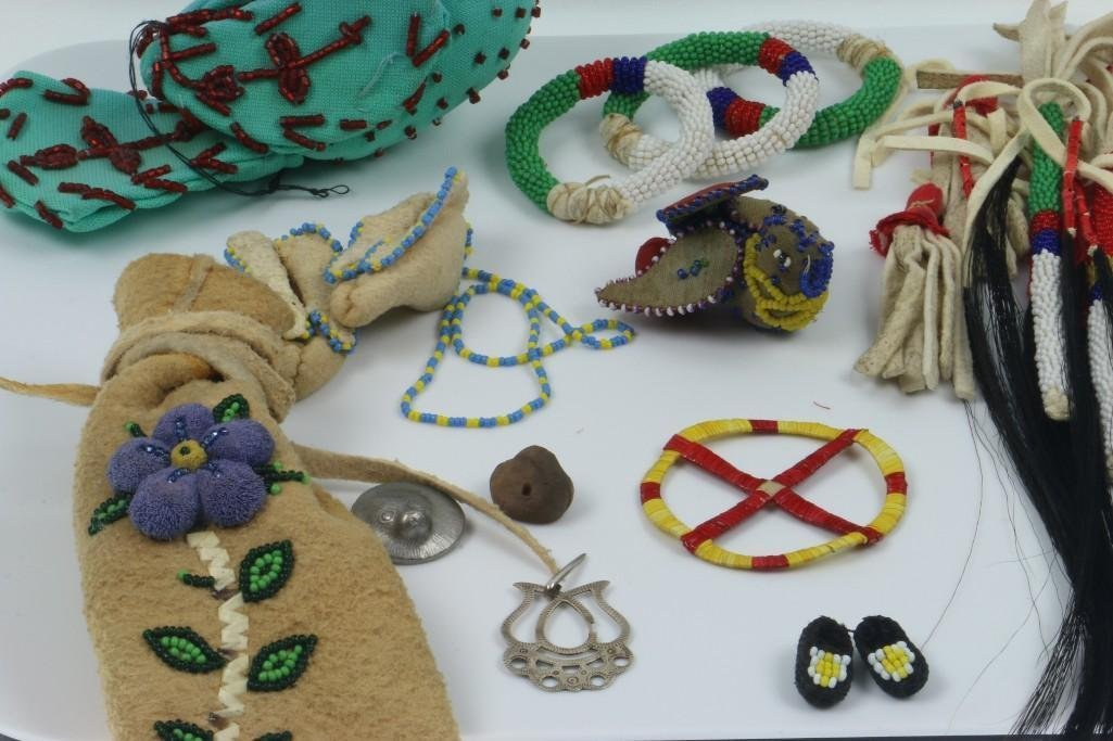 COLLECTION OF NATIVE AMERICAN ADORNMENTS - 3