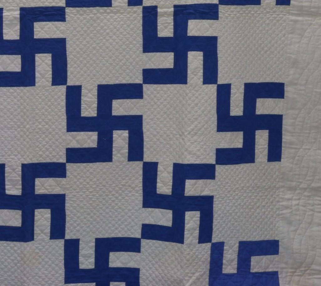 AMERICAN 20TH CENTURY HOOKED CROSS PATTERN QUILT - 5