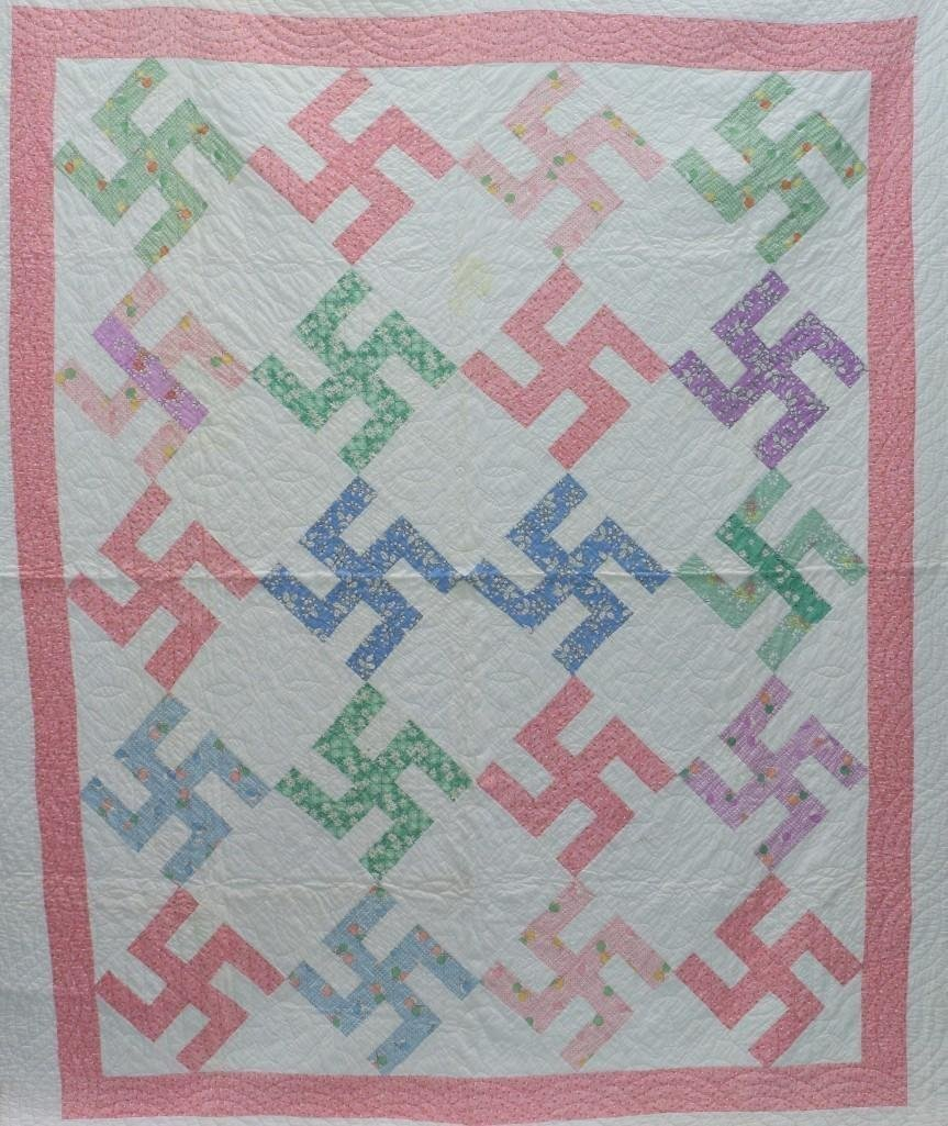 AMERICAN 20th-CENTURY HOOKED CROSS PATTERN QUILT