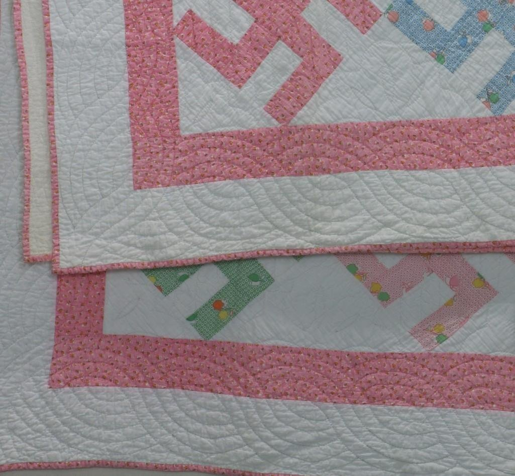 AMERICAN 20th-CENTURY HOOKED CROSS PATTERN QUILT - 4