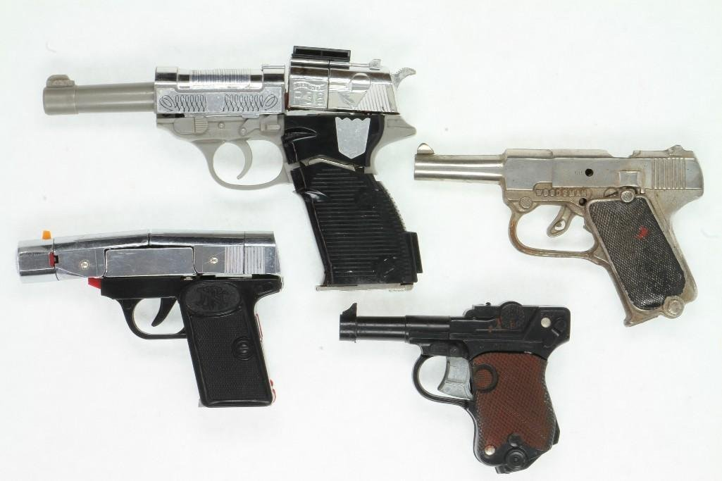 Mixed Lot of Military Gun Models - 2