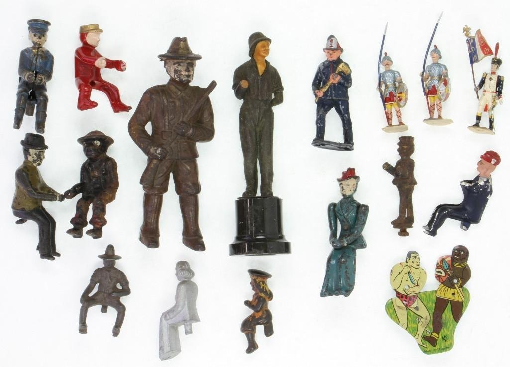 Figure Mixed Source Lot