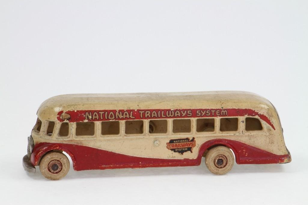 National Trailways Bus