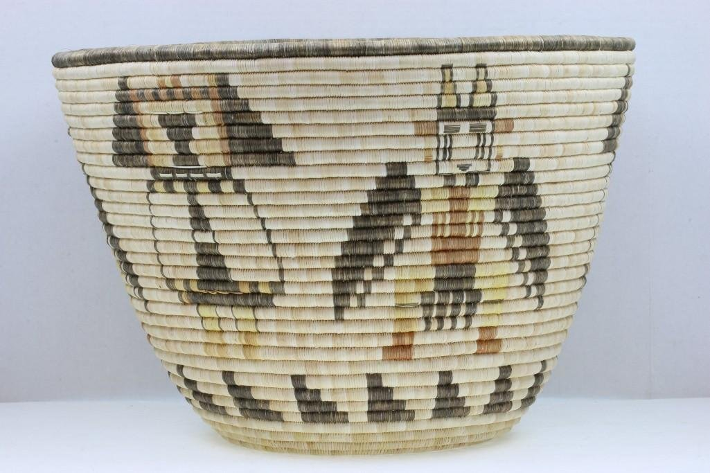 Hopi pictorial basket - 3