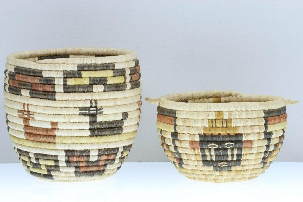 Two Hopi pictorial baskets - 2