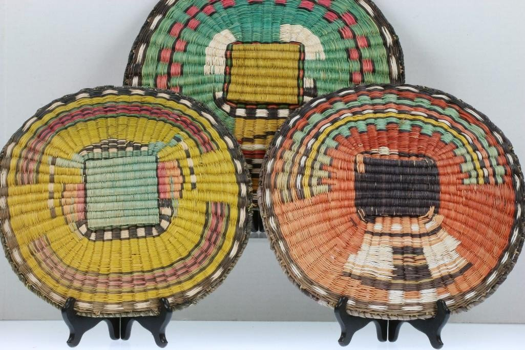 Three Hopi pictorial wicker plaques - 4