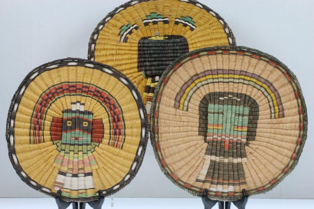 Three Hopi pictorial wicker plaques - 5
